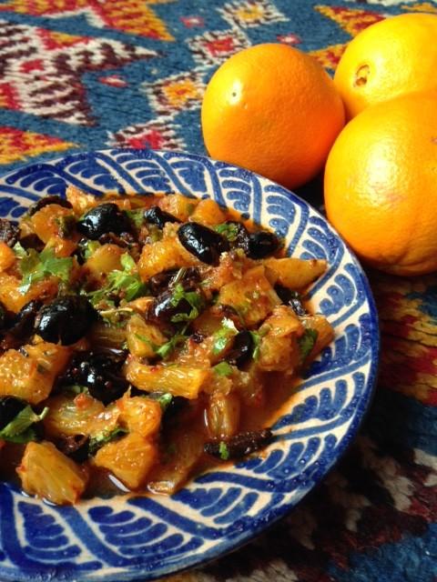 Salade d'oranges et d'olives noires