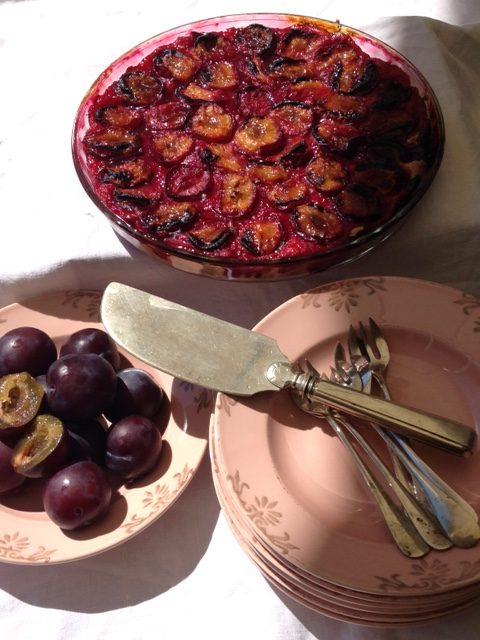 Tarte aux prunes entière
