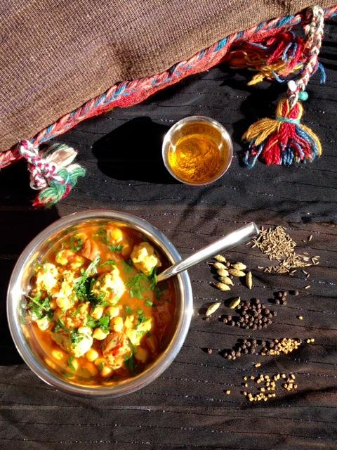 soupe-yemenite-boulettes-poulet-vue-den-haut